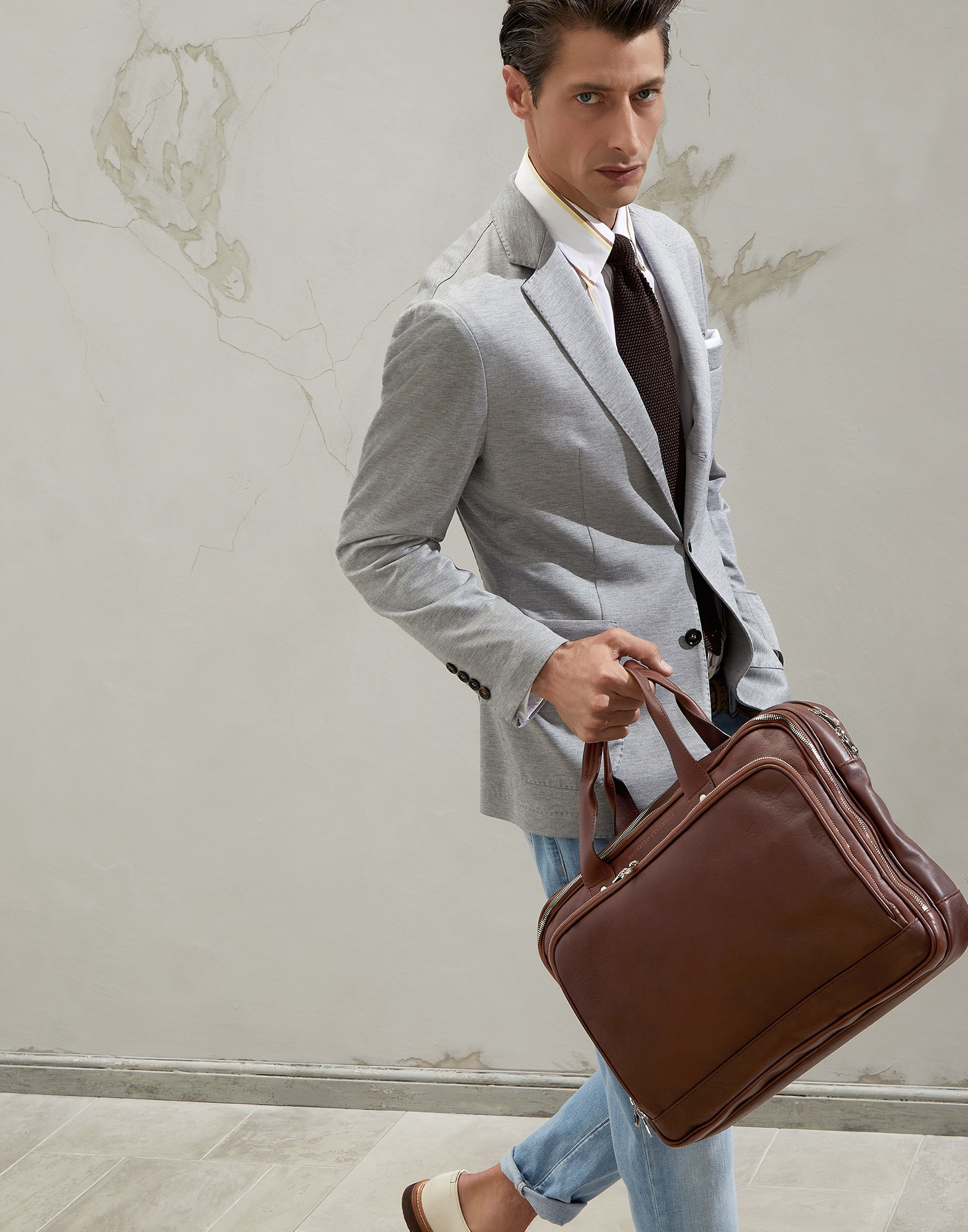 Office Bag - Editorial