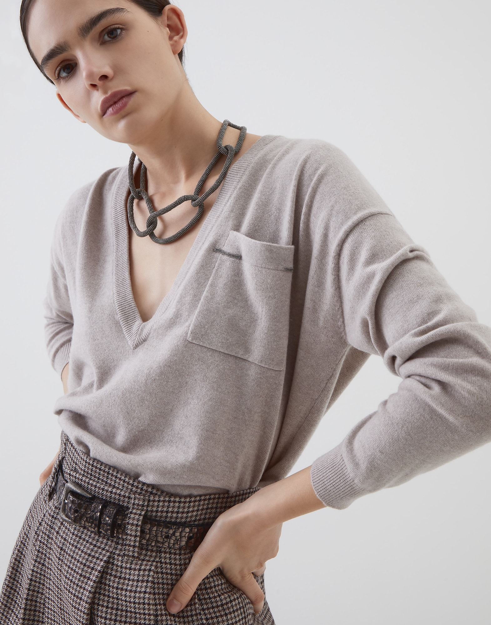 V-neck Sweater - Editorial