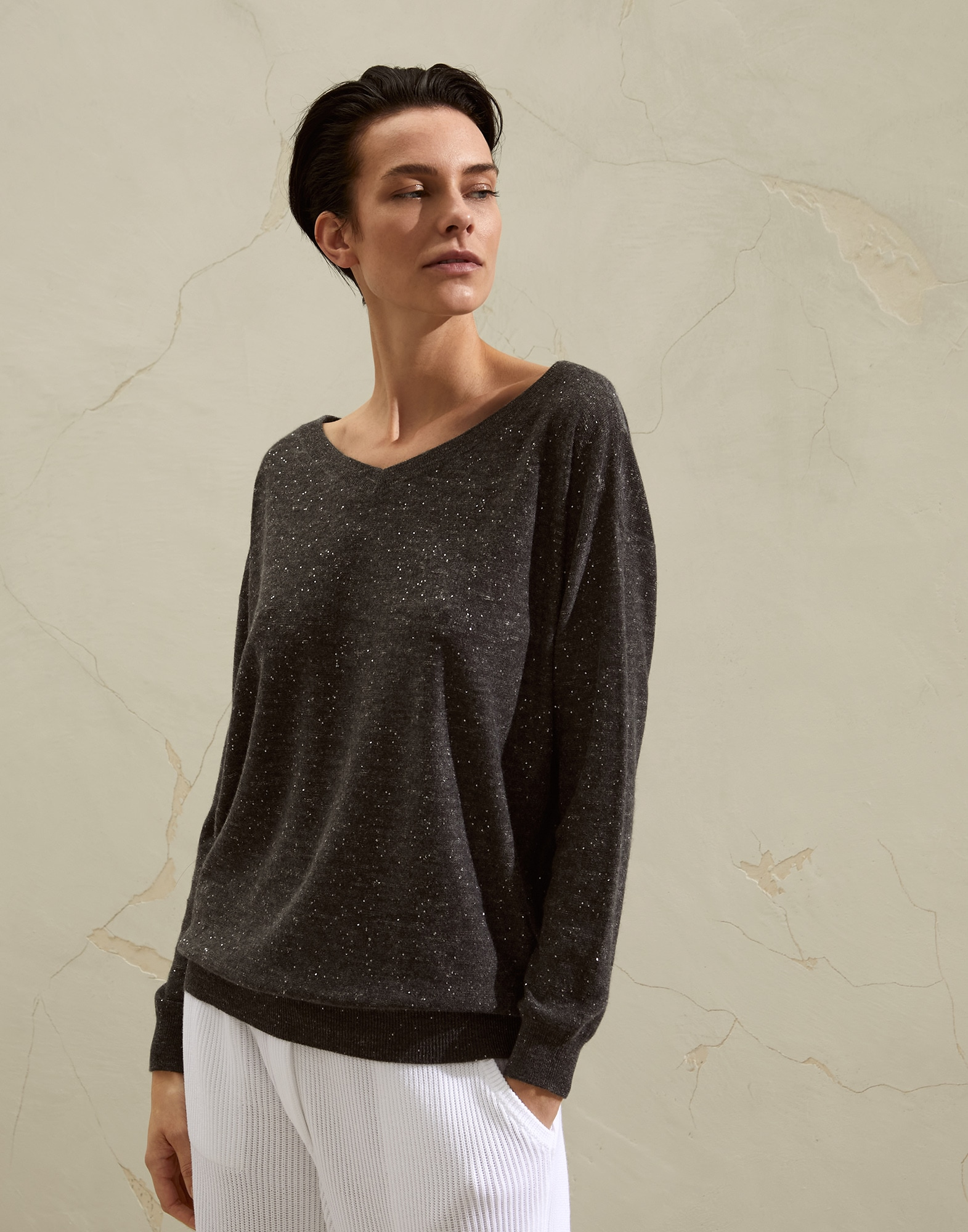 Scoop Neck - Front